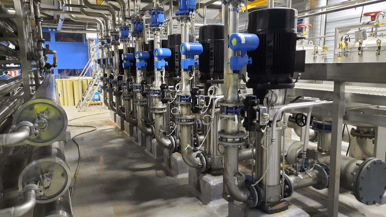 Flowdicator optimoi Kymenlaakson Veden pumppujen energiankulutusta